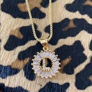 Jewelry - Monogram L Initial Gold Necklace